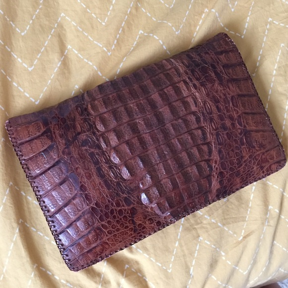 buy popular coupon codes colours and striking Alligator clutch